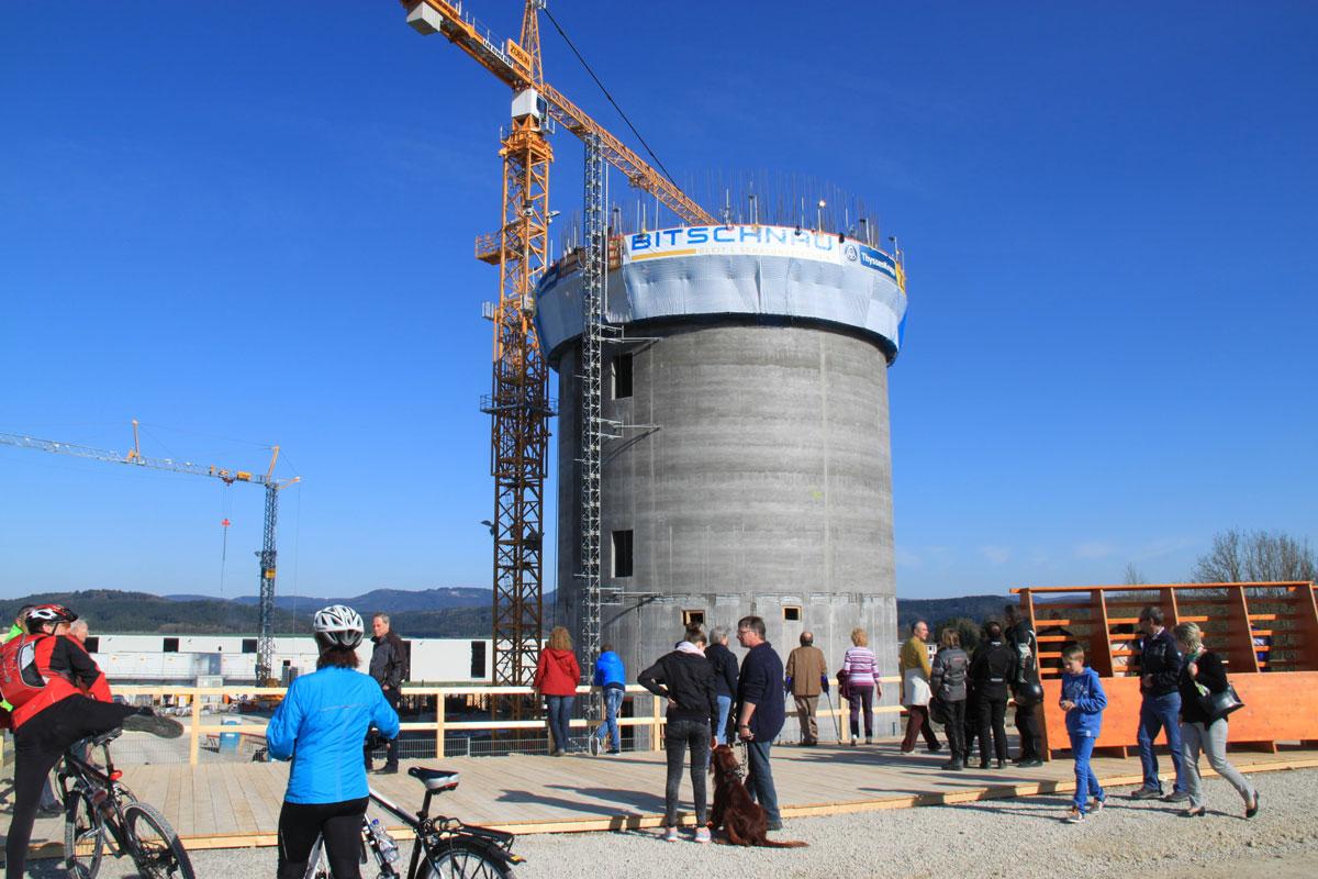 Bau des Testturms im Jahr 2015